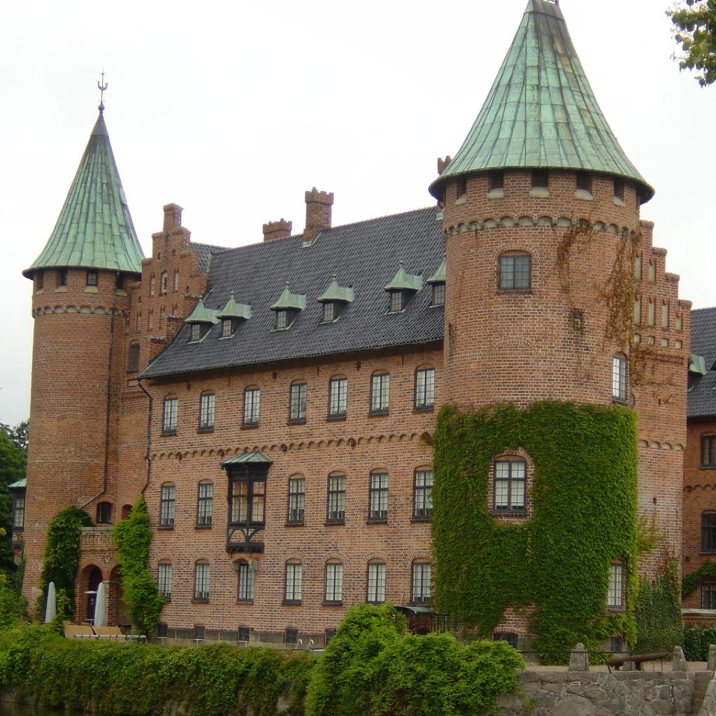 Castles Guide